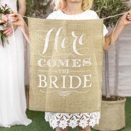 SKYLT | here comes the bride